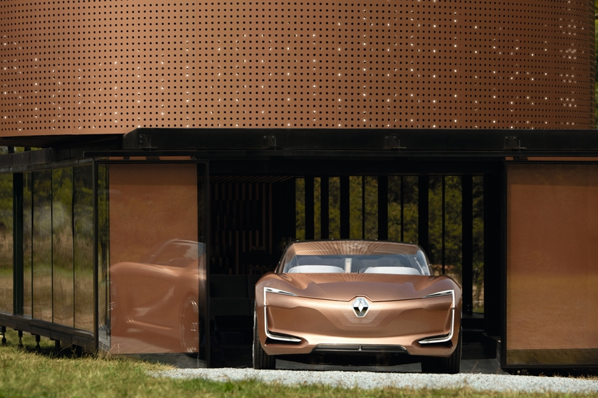 Renault presents SYMBIOZ: concept and vision for mobility of 2030 at the 2017 Frankfurt Motor Show