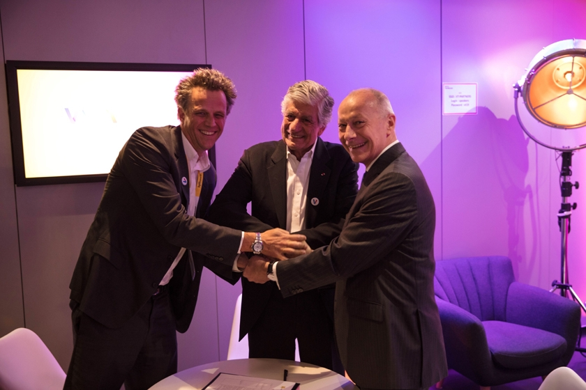 Groupe Renault gives a new Dimension to its On-Boarded Editorial content Platform and enters into a strategic Agreement with Publicis Groupe