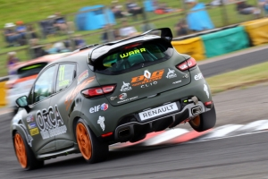 Warr looking to continue progress during 2019 Renault UK Clio Cup Season
