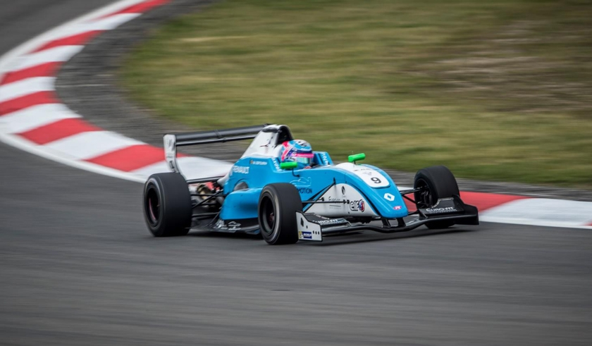 Max Defourny sets the pace at the Nürburgring