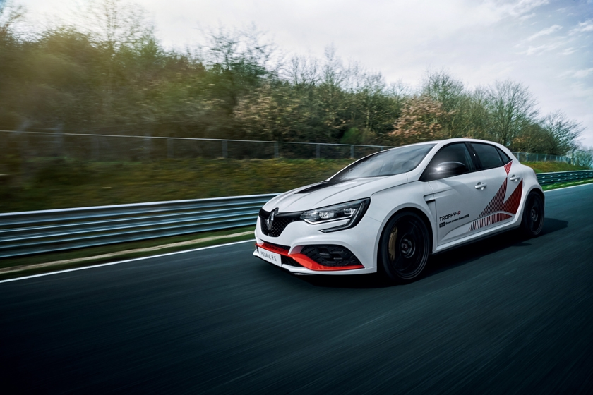 New MEGANE R.S TROPHY-R: record at the Nürburgring for the best-performing model ever marketed by Renault