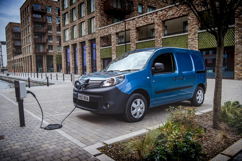 Renault Kangoo Z.E. wins the Green Award at the What Van? Awards 2018