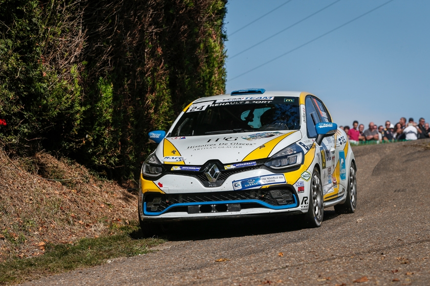 Cédric Robert claims the Clio R3T Trophy France!