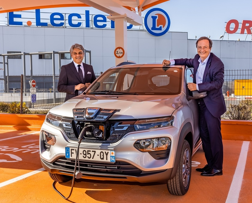 E.Leclerc Location welcomes the first Dacia Spring, 100% electric