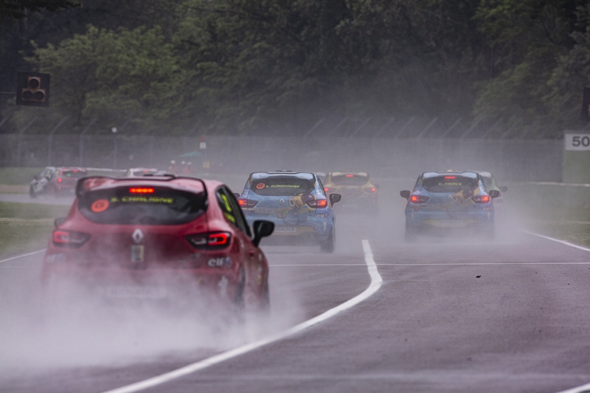 Another Grand Prix round for the Clio Cup!