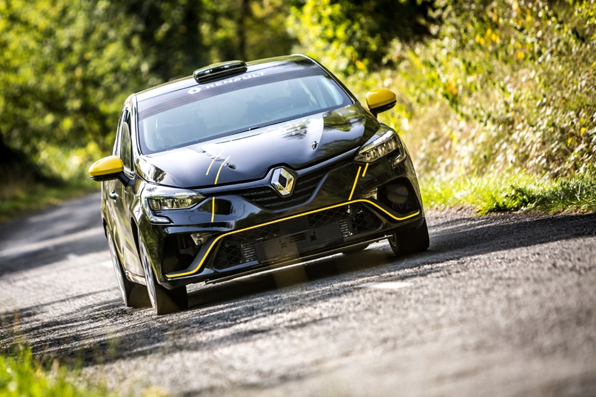 New Clio Rally on display on the Monte-Carlo