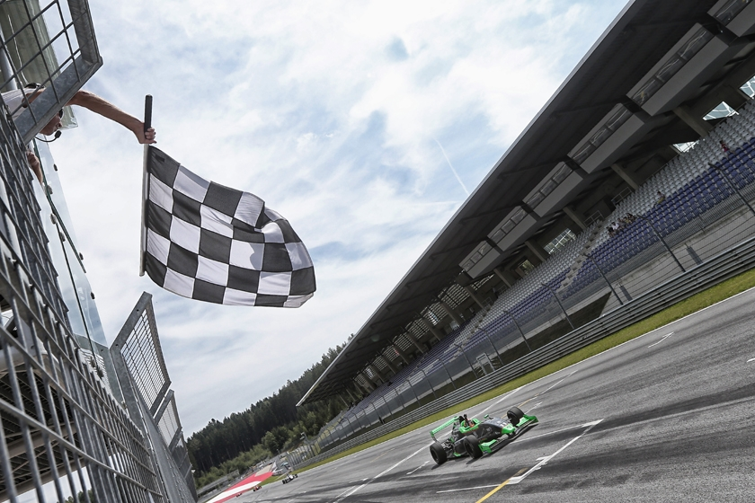 Sacha Fenestraz wins and extends his lead at the Red Bull Ring