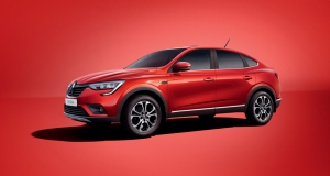 ARKANA: Groupe Renault unveils the new production version of its Coupé SUV for Russia
